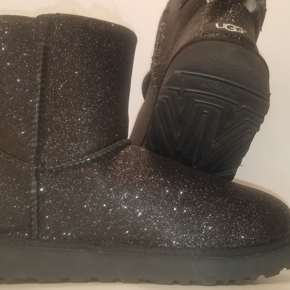 Ugg Shoes - UGG Black Mini Bailey Bow, New NWOT